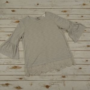 LC Lauren Conrad Gray Tunic With Lace